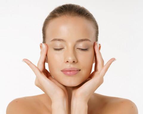 3 types de produits à choisir pour entretenir sa peau